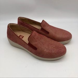 NEW!! Fitflop comfortable slip on loafers